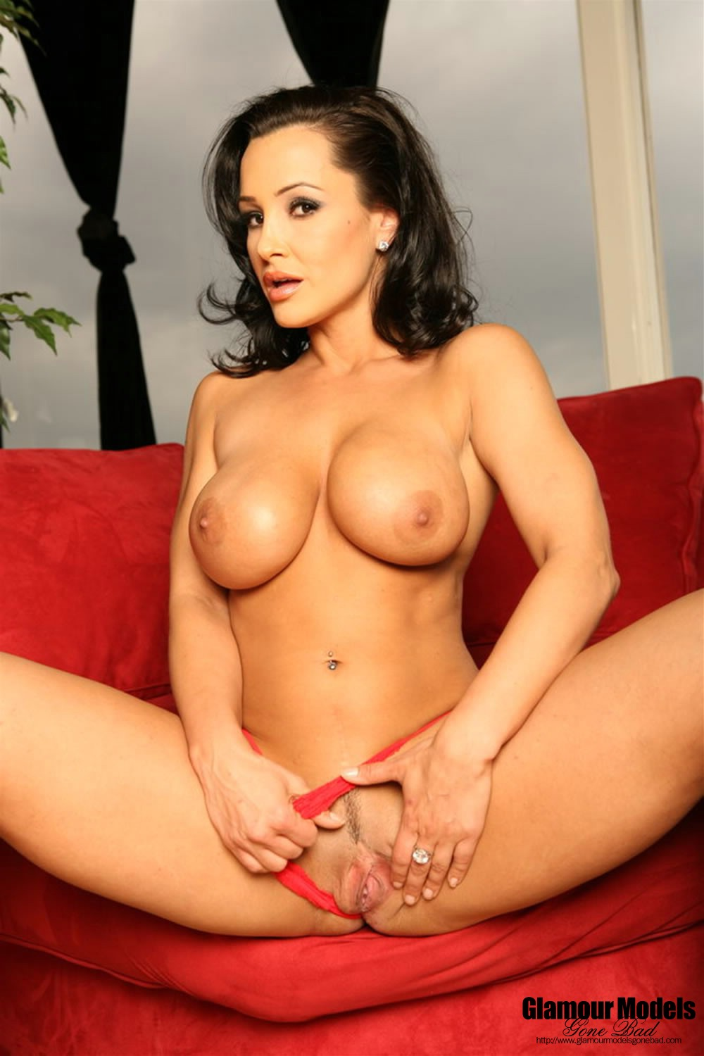 Naked pictures of lisa ann