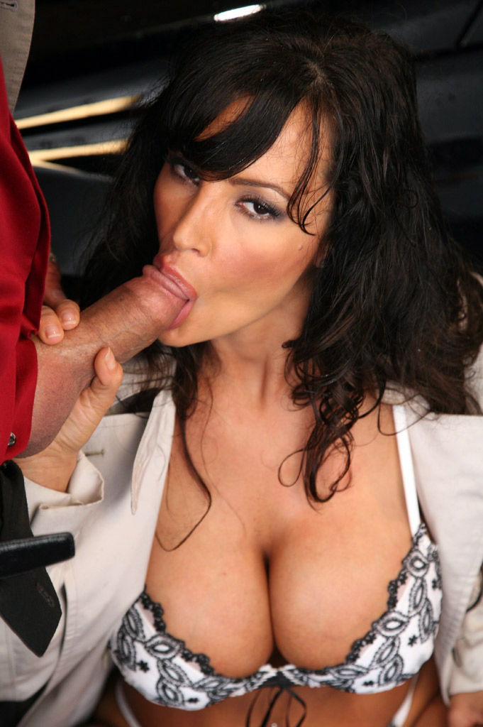 Lisa Ann Sucking
